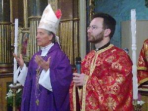 Sfânta Liturghie celebrata de catre nuntiul apostolic în catedrala din Oradea,