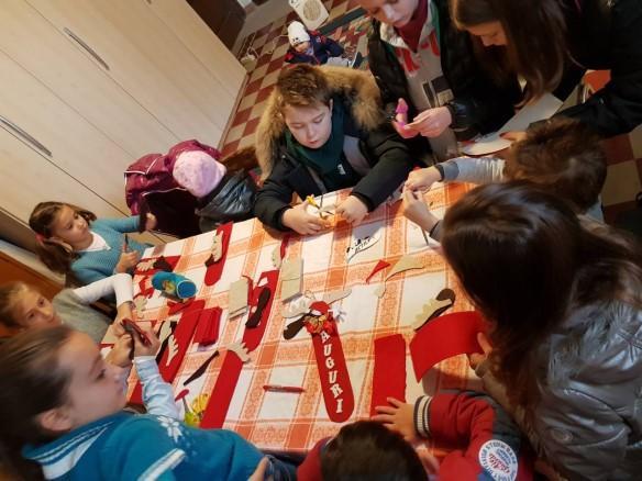 Laboratorul de creatie pentru copiii din Parohia Vicenza,