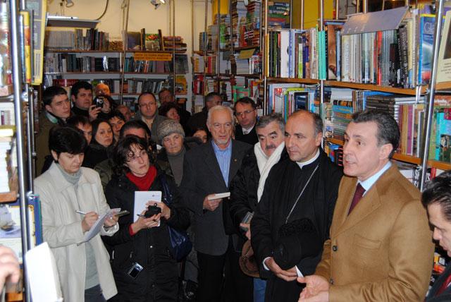 """Principele Radu si-a lansat la Oradea volumul """"Provizoratul istoric"""","""
