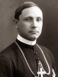 De vorba cu episcopul Dr. Iuliu Hossu prezent la marea Unire,