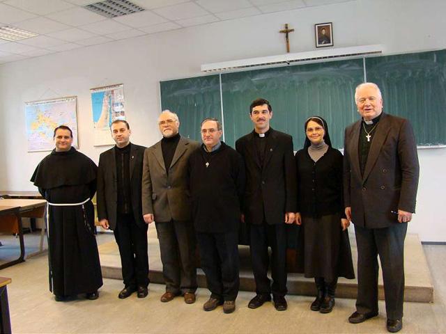 Doi noi preoti doctori în teologie: Gheorghe Zorel Zima si Victor Dumitrescu,