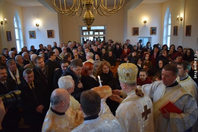 """""""Iuliu Maniu a fost comemorat la Badacin, în prezenta Preasfintiei Sale Virgil Bercea"""","""