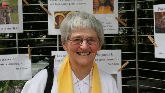 Ultimul miracol de la Lourdes: calugarita Bernadette Moriau vorbeste despre vindecarea sa miraculoasa,
