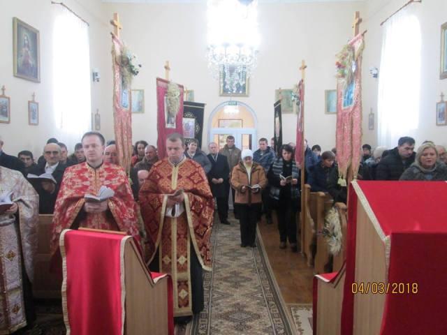 Calea Crucii în Parohia Crestur,