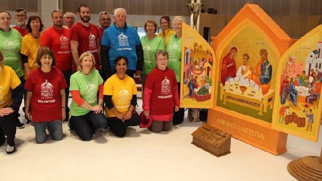 Icoana Întâlnirii Mondiale a Familiilor realizata de un iconograf român,