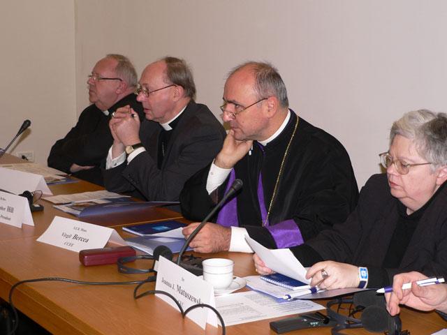 Scrisoare a Comitetului Mixt CCEE-CEC adresata doamnei Catherine Ashton cu privire la persecutia crestinilor,