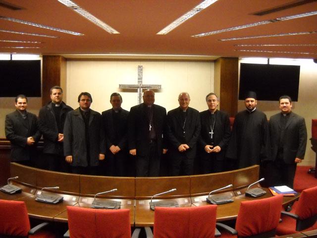 Anglicanii si catolicii din Spania au facut oficiala recunoasterea reciproca a validitatii Botezului în ambele confesiuni,