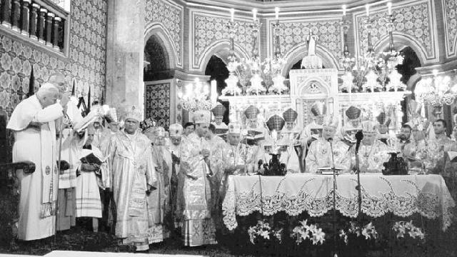 Mesajul Sf. Ioan Paul al II-lea adresat credinciosilor greco-catolici cu ocazia vizitei în România,