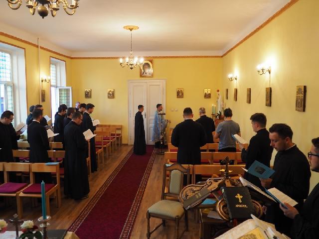 Rugaciuni dedicate Sfintei Fecioare Maria în luna Mai,