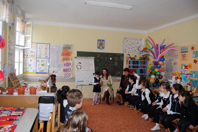 100 de zile de scoala sarbatorite de clasa I a Liceului Teologic Greco-Catolic Oradea,