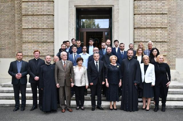 Premierul român Viorica Dancila în vizita la Colegiul Pontifical Pio Romeno,