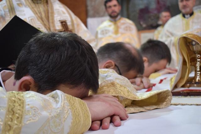 Zi de rugaciune pentru sfintirea preotilor,