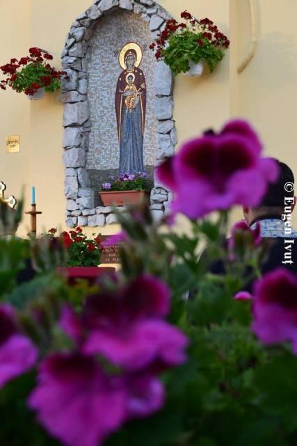 Rugaciune de consfintire a Eparhiei de Oradea la Inima Neprihanita a Sfintei Fecioare Maria,