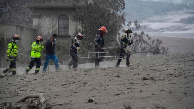 Guatemala. Eruptia vulcanului Fuego: initiativele Bisericii,