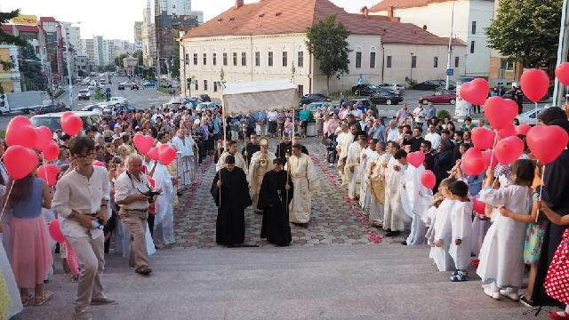 Seminaristii oradeni prezenti la Hramul Manastirii Presfintei Inimi a lui Isus din Zalau,