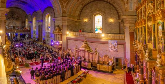 """Corul de copii Radio în concert la Catedrala """"Sfântul Nicolae"""","""