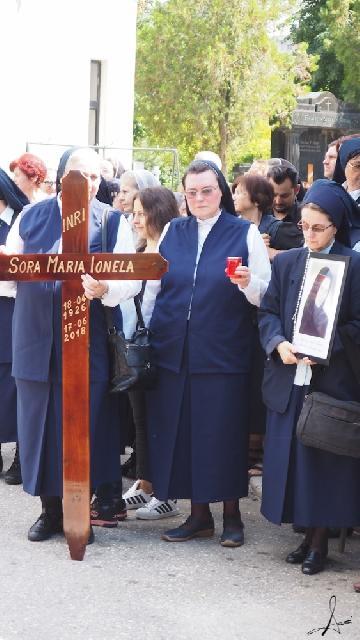 Alaturi de Sora Maria Ionela pe ultimul drum,