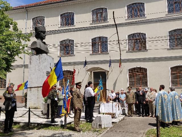 """""""194 de ani de la nasterea lui Avram Iancu – Craisorul Muntilor, omagiat"""","""