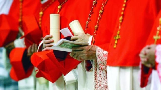 """""""Patru cardinali, cooptati în ordinul episcopal din Colegiul cardinalilor"""","""