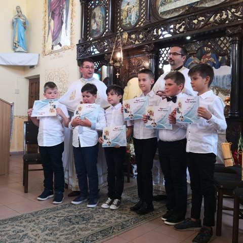 Prima Sfânta Împartasanie Solemna în Parohia Greco-Catolica Marghita,