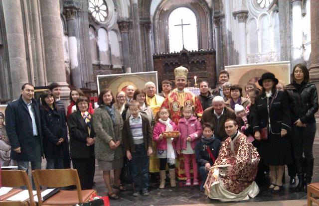 P.S. Virgil Bercea în mijlocul comunitatii greco-catolice de la Bruxelles,