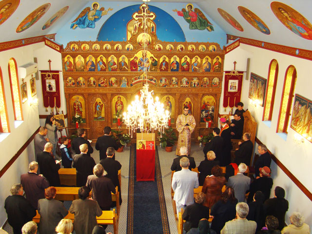 Sfintirea icoanelor la biserica Sfântul Gheorghe din Oradea,