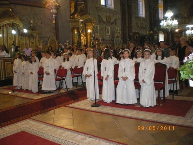 Prima Împartasanie Solemna la Catedrala Sfântul Nicolae,