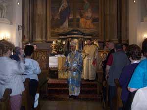 PS Virgil si un grup de credinciosi si seminaristi în trecere prin Viena,