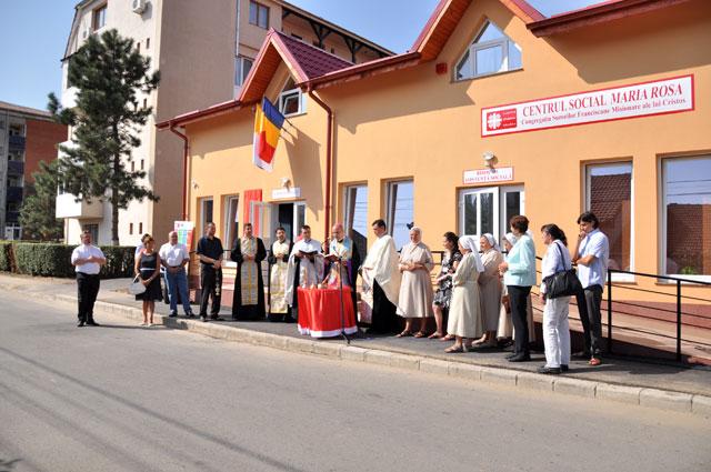 """Inaugurarea Centrului Social """"Maria Rosa"""","""
