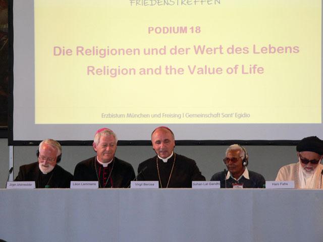 """""""""""Întâlnirea Internationala de Rugaciune pentru Pace"""", München, Germania, 11-13 septembrie 2011"""","""