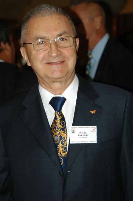 Prof. dr. Radu Deac din Târgu Mures cetatean de onoare la Supur,