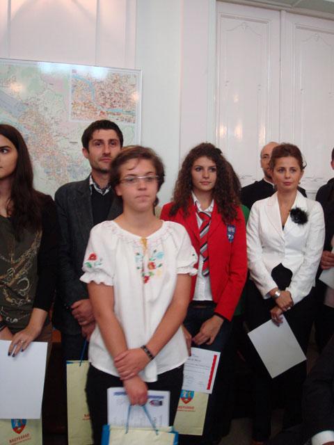 O eleva a Liceului Teologic Greco-Catolic a fost premiata de Primaria Municipiului Oradea,