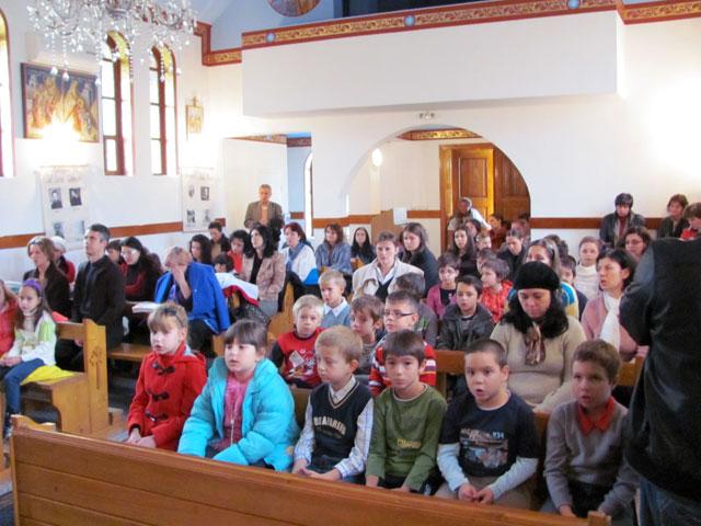 """Rozarul de 24 de ore la Biserica """"Sfântul Gheorghe"""" din Oradea,"""