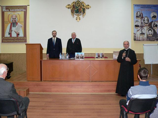 """Eveniment editorial de exceptie la Seminarul Greco-Catolic """"Sfintii Trei Ierarhi"""","""