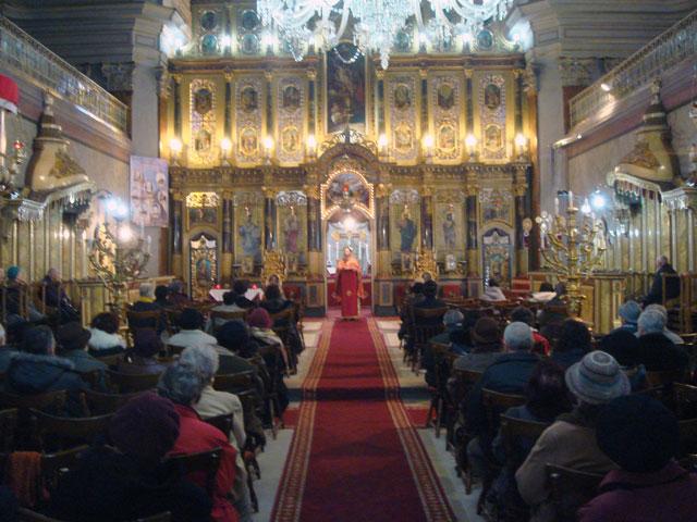 """Catedrala """"Sfântul Nicolae"""" din Oradea si-a sarbatorit ieri hramul,"""