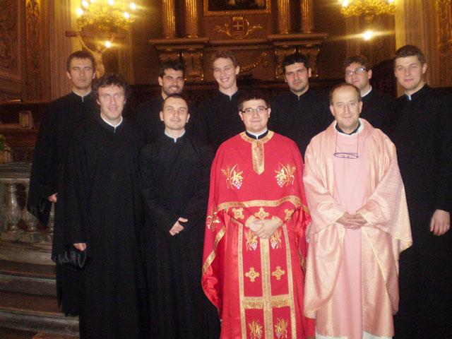 Sfânta Liturghie si concert de colinde pentru credinciosii români din Cuneo,