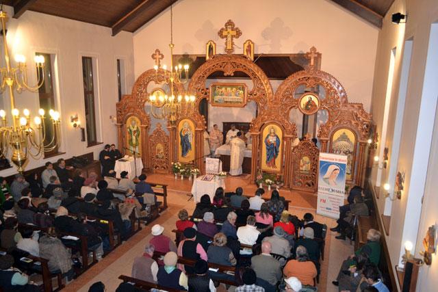 """Noapte de veghe si rugaciune la Parohia """"Duminica Tuturor Sfintilor"""" (Don Orione) din Oradea,"""