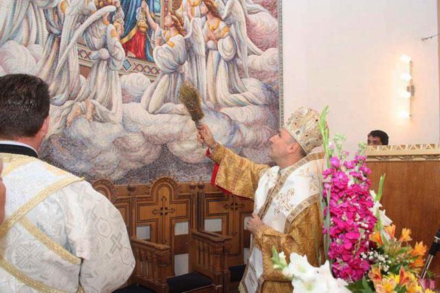 """Sfintire de mozaic la Manastirea Franciscana """"Maica Domnului"""" din Oradea,"""