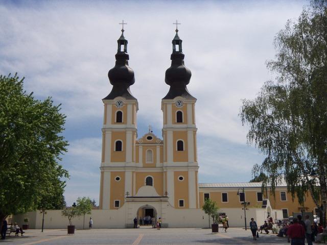 """Pelerinaj la Manastirea Máriapócs, Ungaria"","