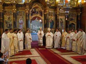 """Sfintire de preoti în catedrala """"Sfântul Nicolae"""" din Oradea,"""