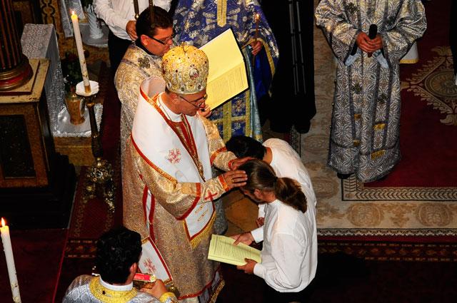 Primirea schimei monahale de catre fratii Radu (Ciortea) si Grigorie (Borzos),