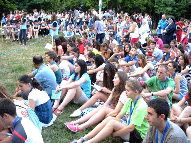 """""""O experienta de neuitat – Întâlnirea Nationala a Tineretului Catolic, Iasi, 2012"""","""