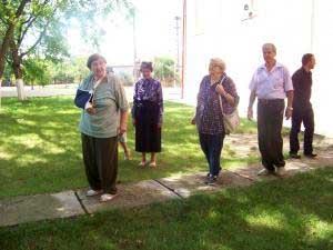Surorile Coposu îsi doneaza pamântul Parohiei Greco-Catolice din Bobota,