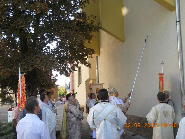 Resfintirea bisericii greco-catolice din Tasnad,