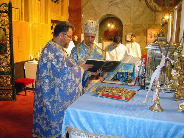 Sfânta Liturghie de Nasterea Maicii Domnului cu hirotonire de preot,