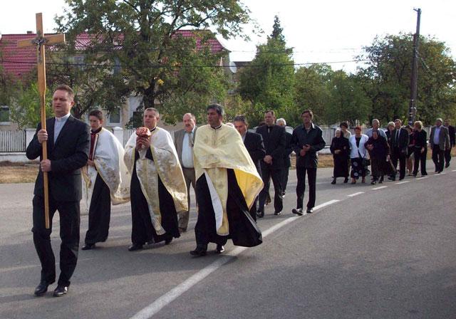 Sfintirea noii capele greco-catolice din Bobota,