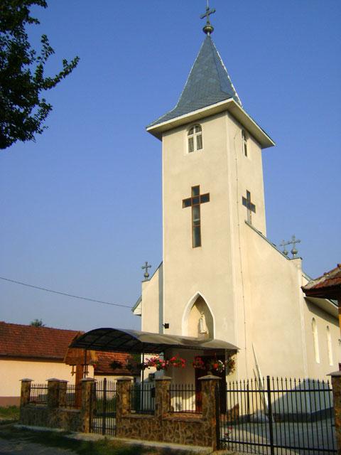 Sfintirea bisericii greco-catolice din Petrani,