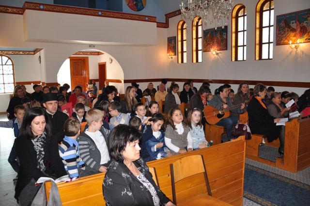 """""""Rozarul de 24 de ore"""" la Parohia Sfântul Gheorghe din Oradea,"""
