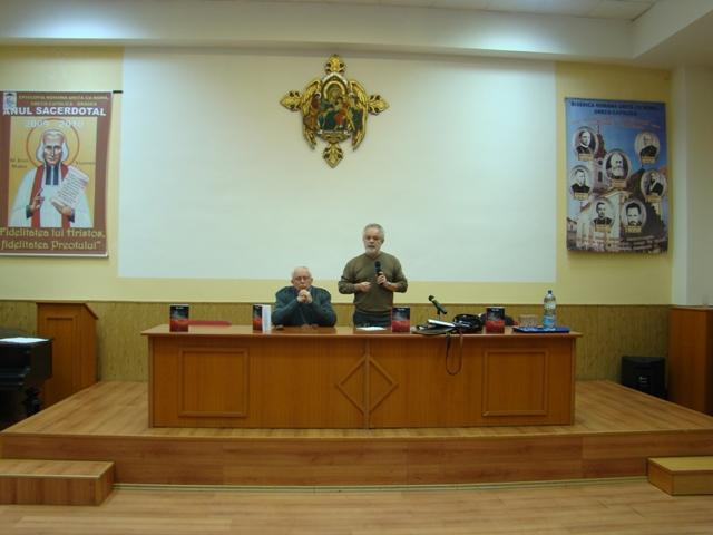 "Lansarea cartii ""Judecata cea dreapta"" scrisa de istoricul Blaga Mihoc,"