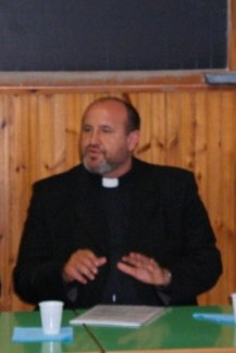 """""""Pr. Vasile Barbolovici: """"Bisericile românesti din Italia, mai aproape de imigratii nostri"""""""","""